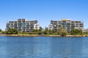 Absolute waterfront and within walking distance to The Sunshine Coast University Hospital