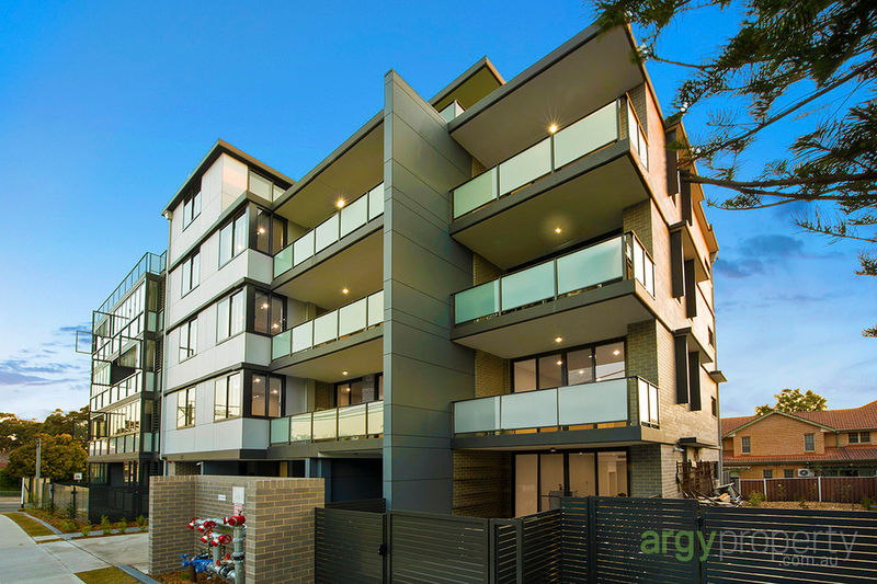 Photo - 2.02/23 Plant Street, Carlton NSW 2218  - Image 1