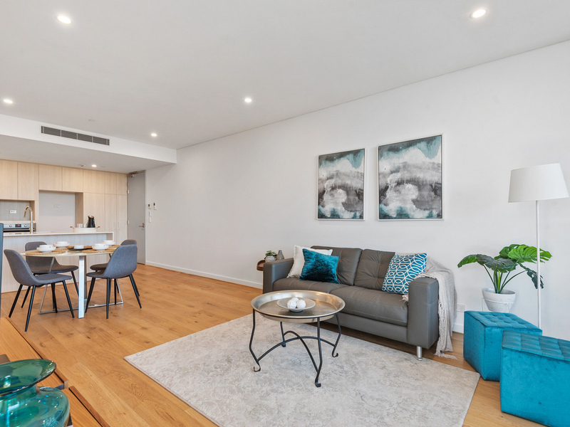 Photo - 207/35 Bronte Street, East Perth WA 6004  - Image 2