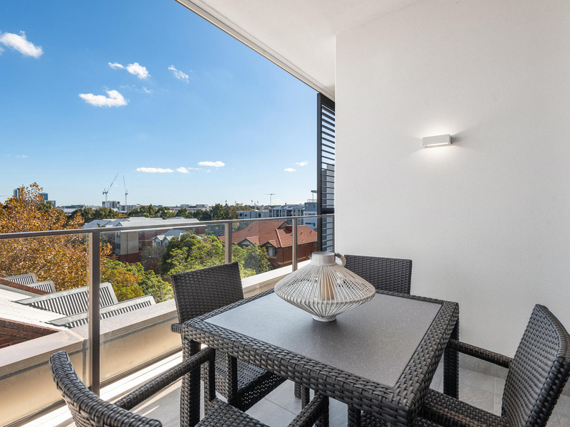 Photo - 207/35 Bronte Street, East Perth WA 6004  - Image 11