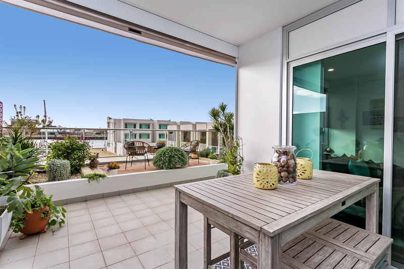 208/1-2 Tarni Court, New Port SA 5015