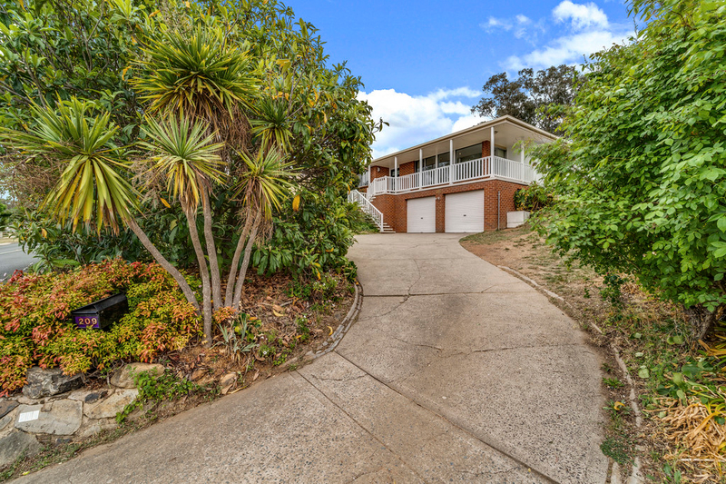 209 Copland Drive, Spence ACT 2615