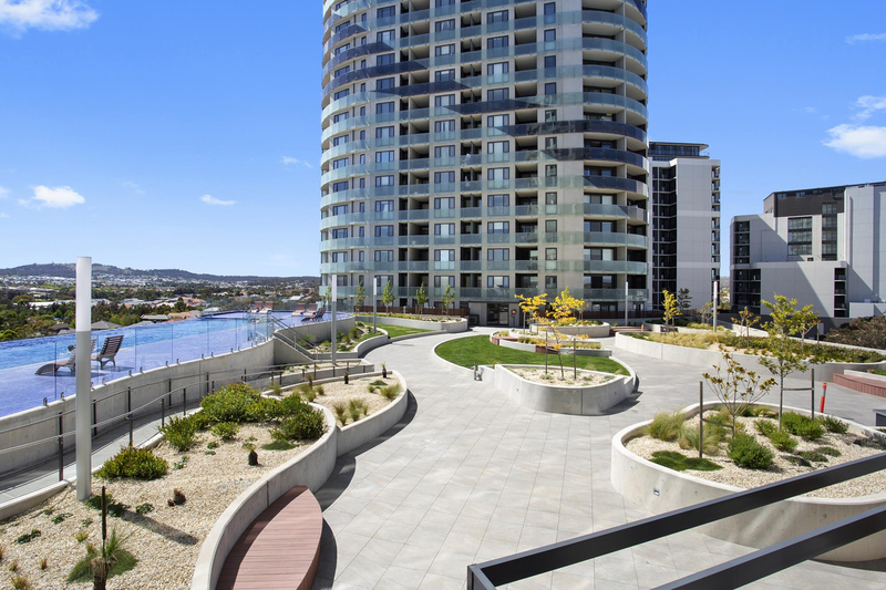 2/1 Anthony Rolfe Avenue, Gungahlin ACT 2912