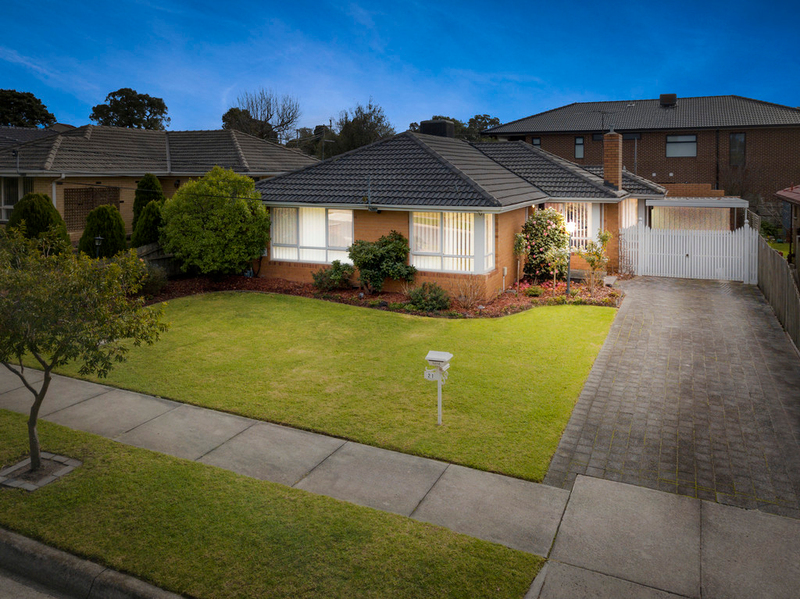 21 Glenthorne Drive, Keysborough VIC 3173
