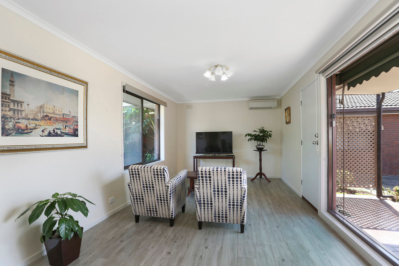 Photo - 2/1 Mcdonald Street, Belmont VIC 3216  - Image 2
