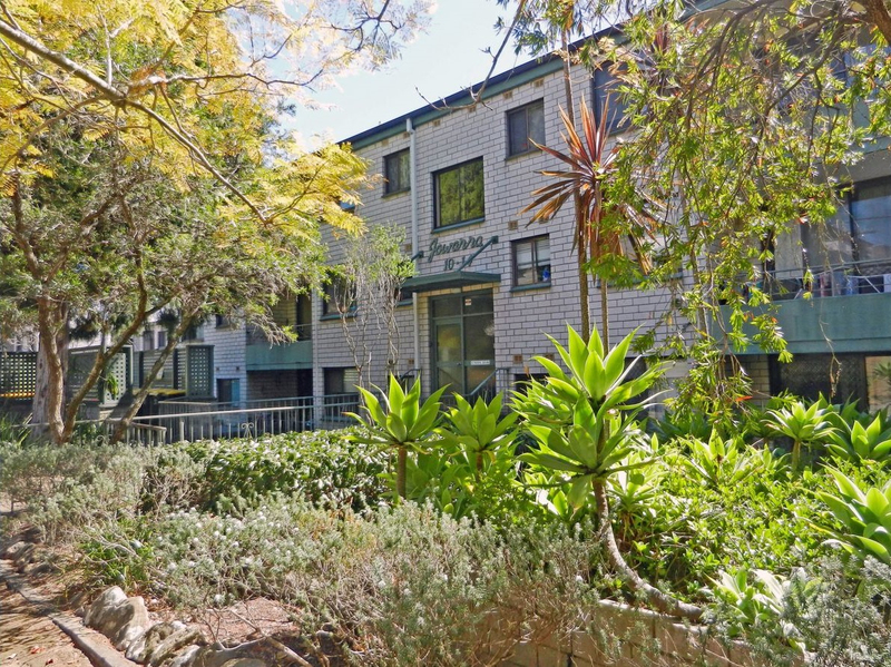 2/10-14 Dural Street, Hornsby NSW 2077