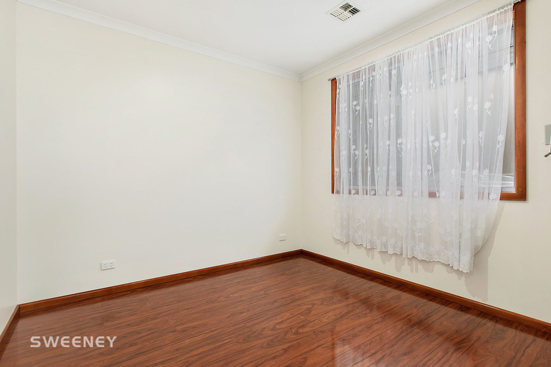 Photo - 2/10 Lincoln Street, Sunshine North VIC 3020  - Image 6