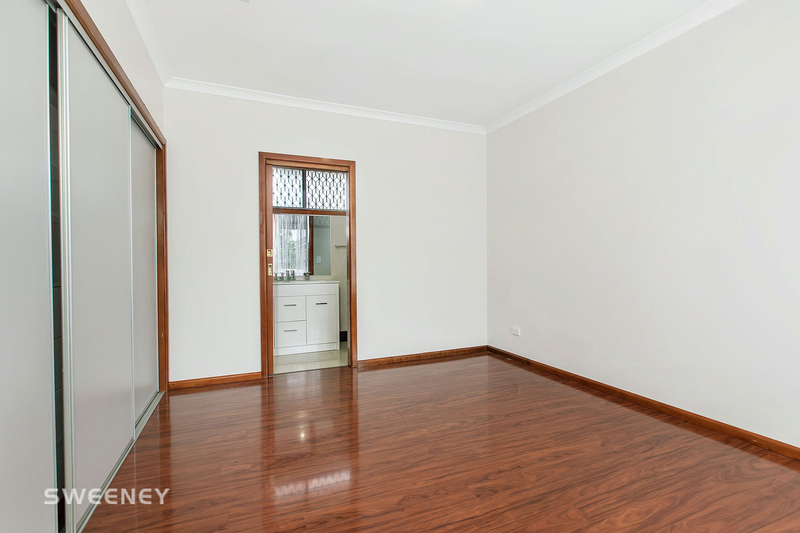 Photo - 2/10 Lincoln Street, Sunshine North VIC 3020  - Image 7