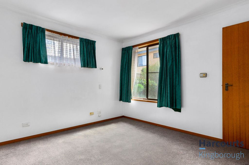Photo - 2/11 Windsor Street, Kingston Beach TAS 7050  - Image 10