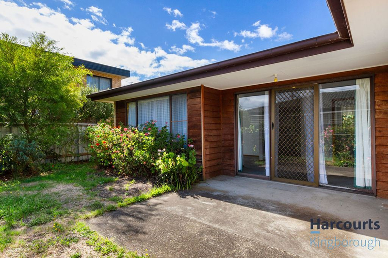 Photo - 2/11 Windsor Street, Kingston Beach TAS 7050  - Image 14