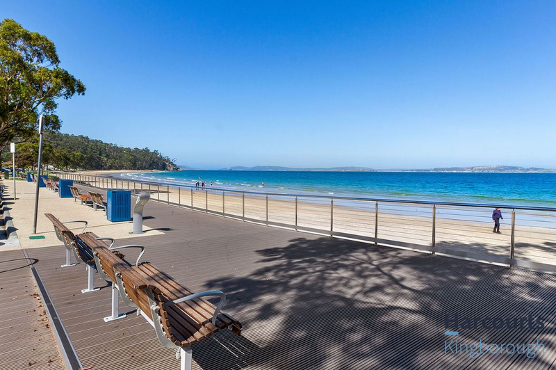 Photo - 2/11 Windsor Street, Kingston Beach TAS 7050  - Image 16