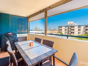Live Beside the Seaside – 2 Bedroom Modern Apartment with Sea Views –