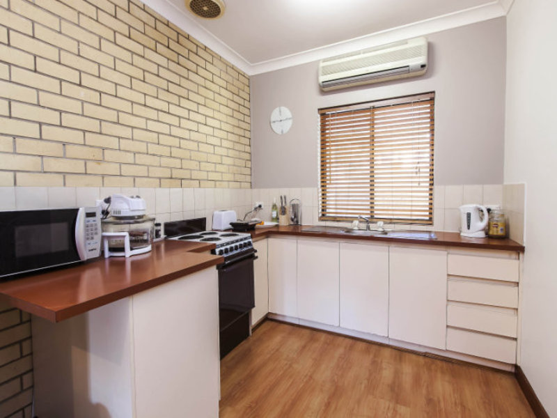 Photo - 2/12 Cortina Avenue, Holden Hill SA 5088  - Image 4