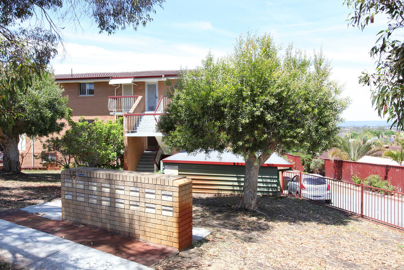 2/16 Mt Prospect Cres Maylands WA 6051