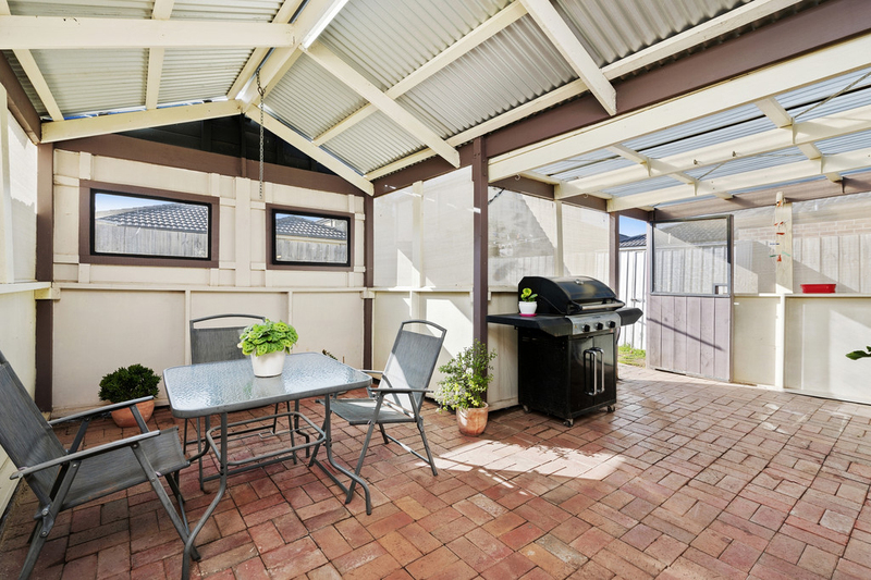 2/16 Officer Court, Werribee VIC 3030