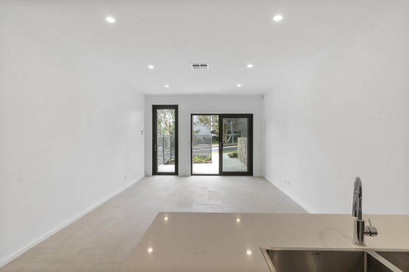 Photo - 2/18 Thring Street, Chapman ACT 2611  - Image 6