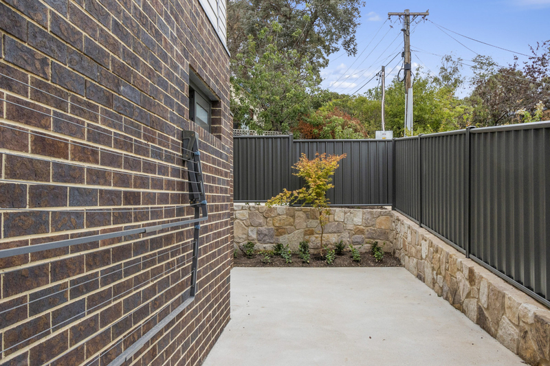 Photo - 2/18 Thring Street, Chapman ACT 2611  - Image 15