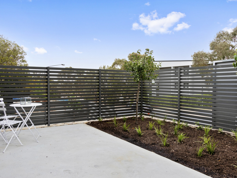 Photo - 2/18 Thring Street, Chapman ACT 2611  - Image 21