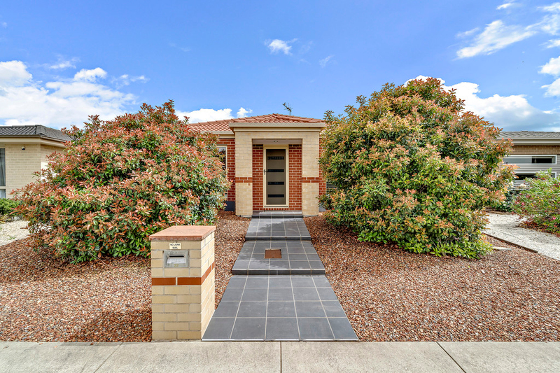 22 Donald Horne Circuit, Franklin ACT 2913