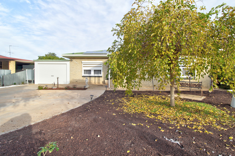 Photo - 22 Gilbert Street, Berri SA 5343  - Image 1