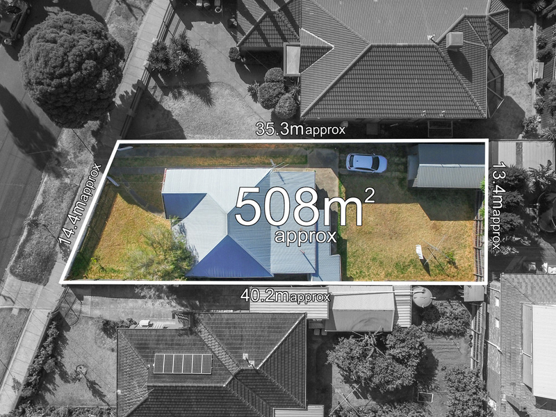 Photo - 22 Rosstown Road, Carnegie VIC 3163  - Image 2