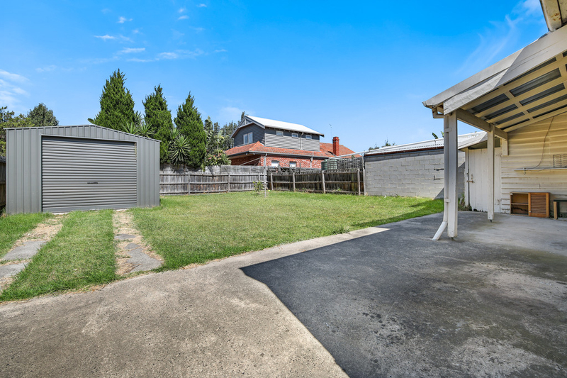 Photo - 22 Rosstown Road, Carnegie VIC 3163  - Image 6