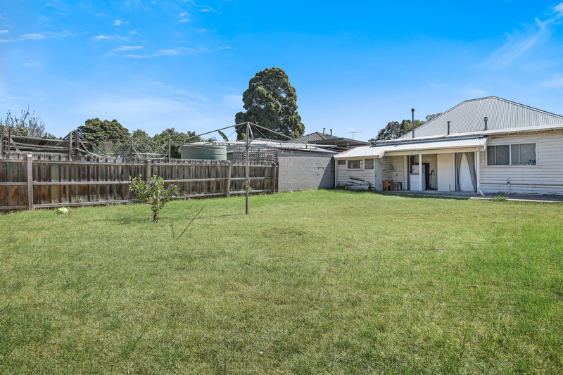 Photo - 22 Rosstown Road, Carnegie VIC 3163  - Image 8