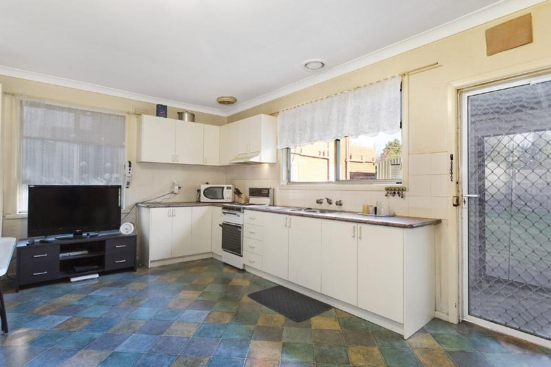 Photo - 22 Rosstown Road, Carnegie VIC 3163  - Image 10