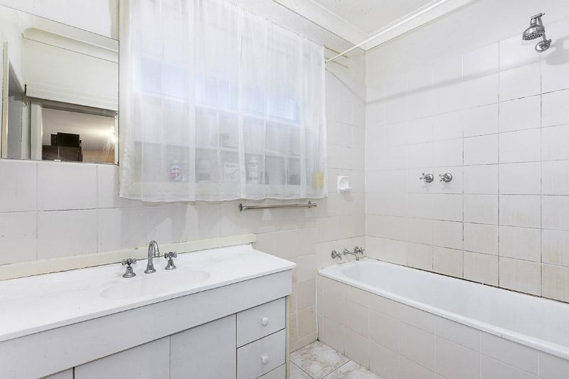 Photo - 22 Rosstown Road, Carnegie VIC 3163  - Image 11