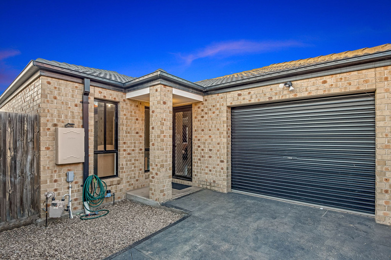 2/22 Swinburne Court, Truganina VIC 3029