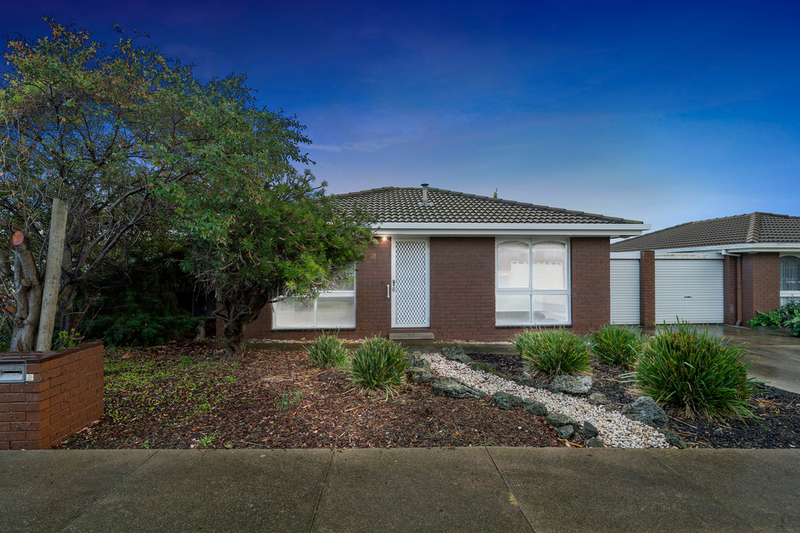 Photo - 2/23 Francis Street, Belmont VIC 3216  - Image 1