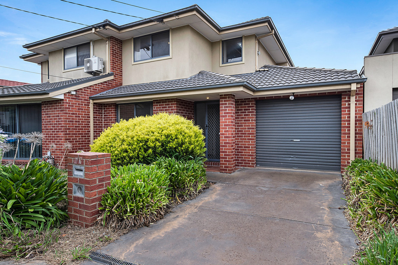 23 Bayview Avenue, Clayton VIC 3168
