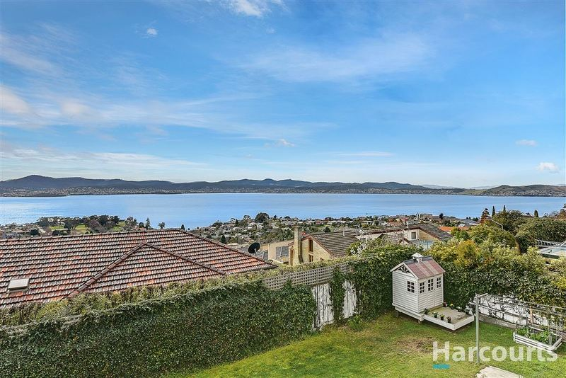 23 Broadwaters Parade, Sandy Bay TAS 7005