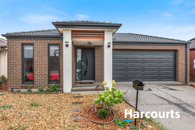 23 Naas Road, Clyde North VIC 3978