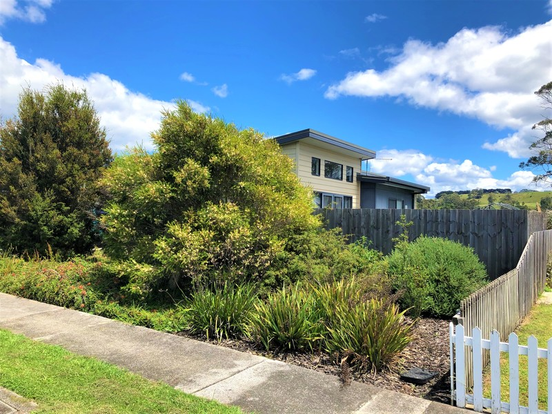 23 Oak Avenue, Somerset TAS 7322