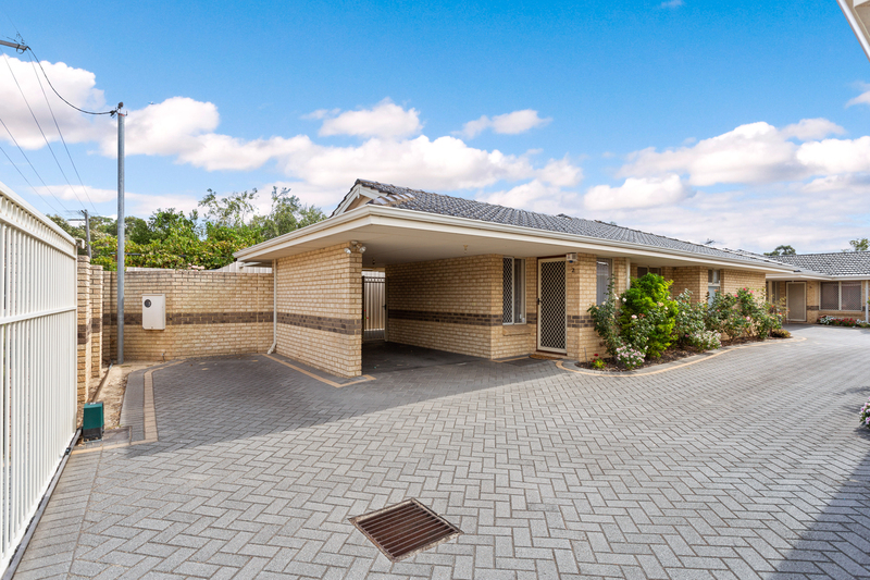 2/3 Short Street, Cannington WA 6107