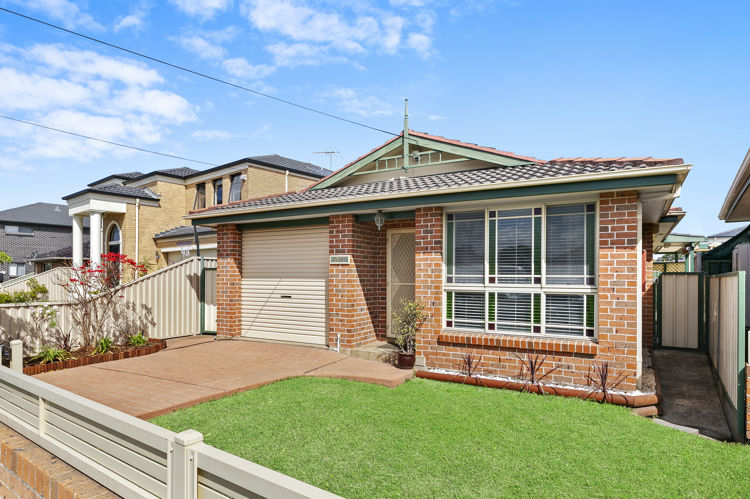 2/306 Old Prospect Road, Greystanes NSW 2145
