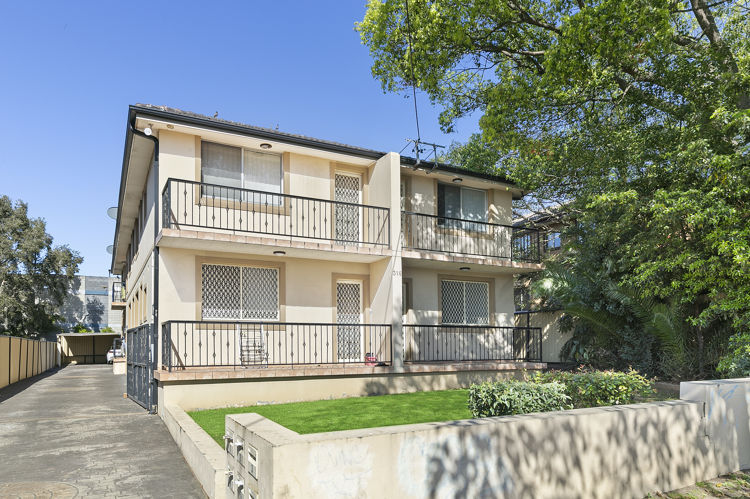 Photo - 2/316 Merrylands Road, Merrylands NSW 2160  - Image 1