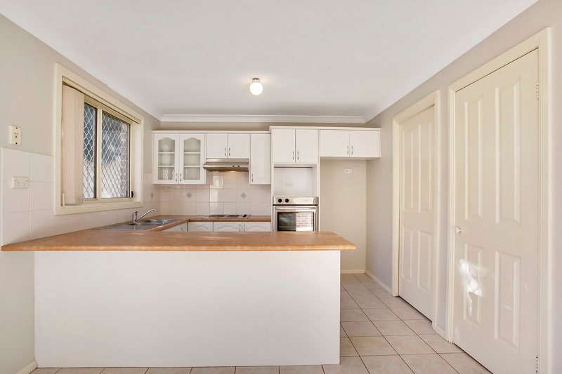 Photo - 2/33 Barber Avenue, Penrith NSW 2750  - Image 2
