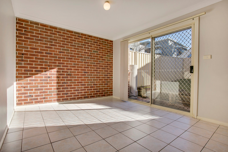 Photo - 2/33 Barber Avenue, Penrith NSW 2750  - Image 6