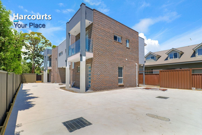 2/33 Hobart Street, Oxley Park NSW 2760