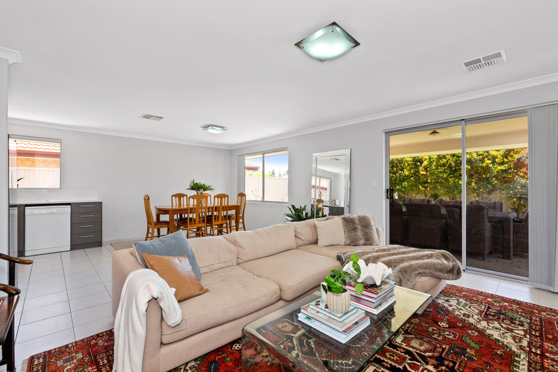 Photo - 23A Recreation Road, Hamilton Hill WA 6163  - Image 13