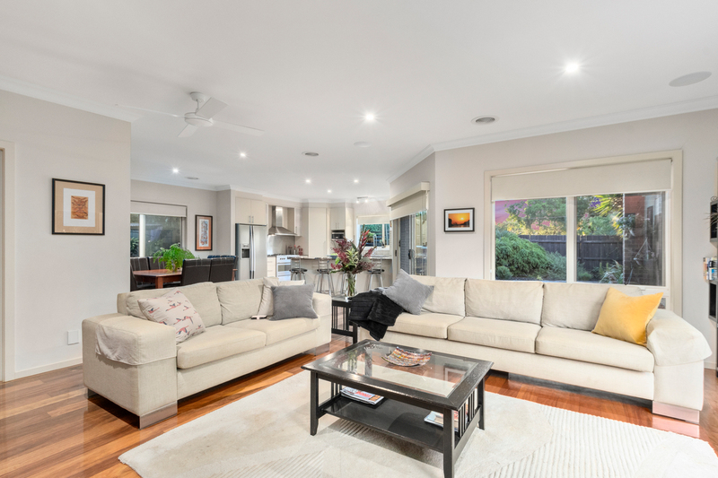 Photo - 24 Anzac Crescent, Williamstown VIC 3016  - Image 2