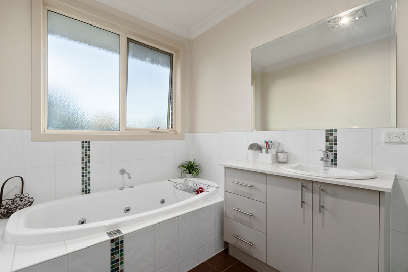 Photo - 24 Anzac Crescent, Williamstown VIC 3016  - Image 7
