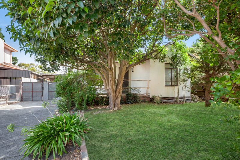 24 Elm Street, Preston VIC 3072