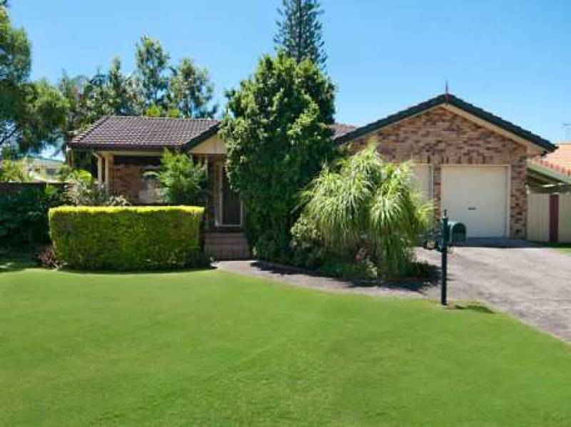 24 Hazeltine Court, Maroochydore QLD 4558