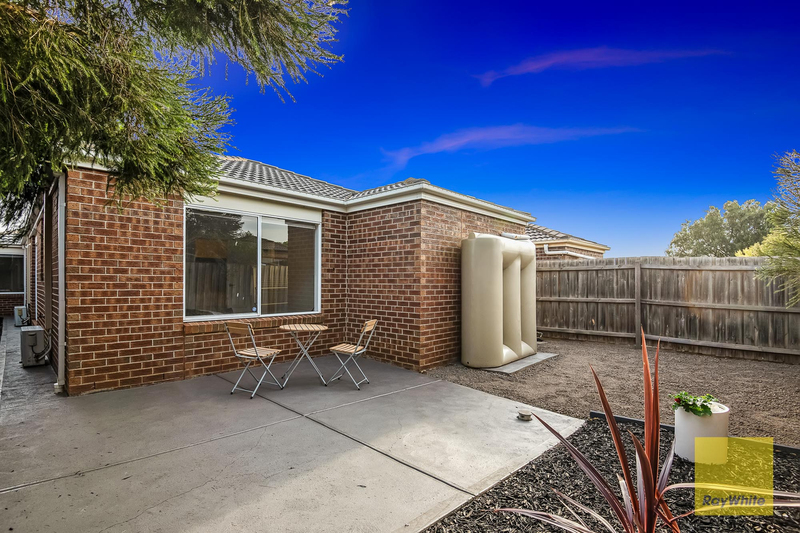 Photo - 24 Talliver Terrace, Truganina VIC 3029  - Image 14