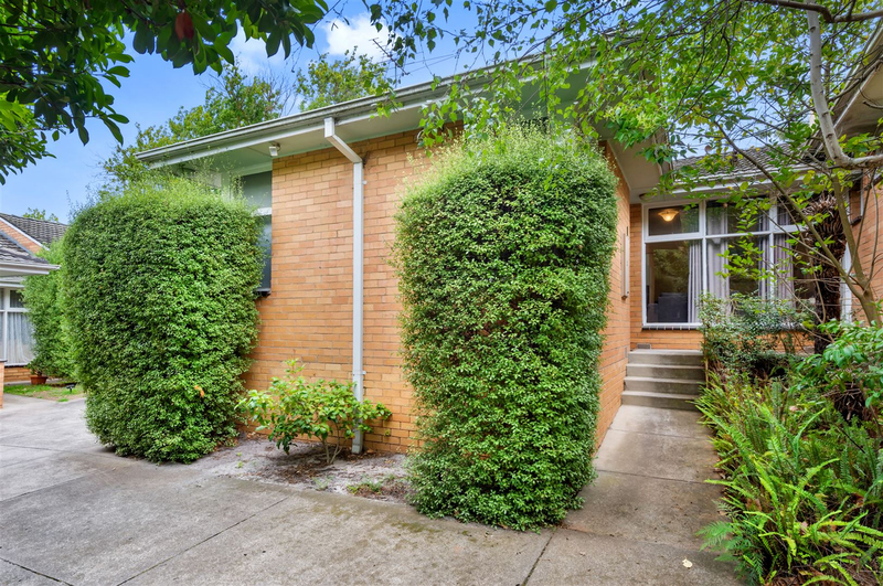 2/40 Chaucer Crescent, Canterbury VIC 3126