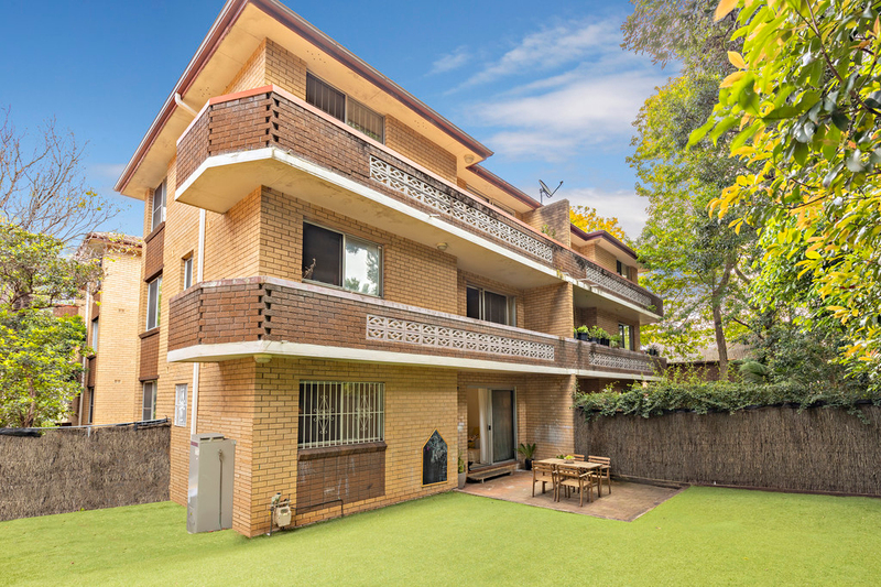 2/42 Elizabeth Street, Ashfield NSW 2131