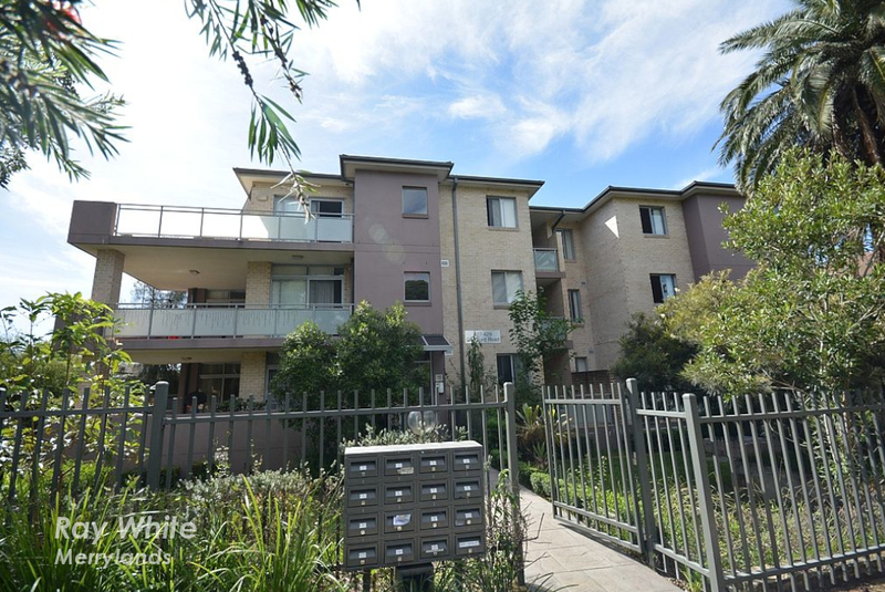 2/427-429 Guildford Road, Guildford NSW 2161